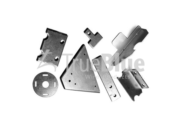 many kinds of metal parts.